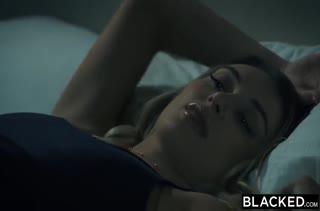 Порно на телефон с огромным членом скачать в MP4 845