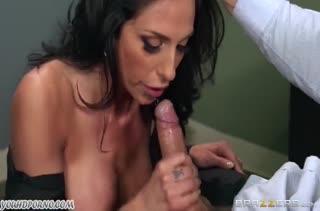 Классное порно на мобильный с нереально большими членами 864