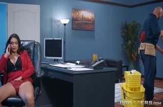 Классное порно видео с большими дойками 2594