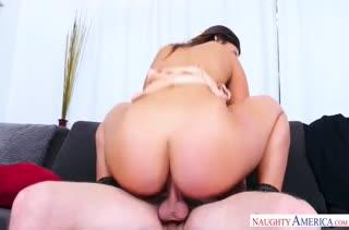 Порно на мобильный телефон девушек с большими жопами 1235