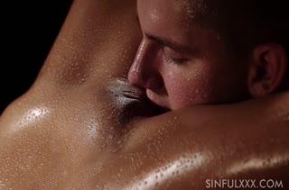 Порно брюнеток на телефон 352 скачать
