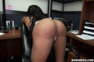 Нереально красивое любительское порно видео 2802