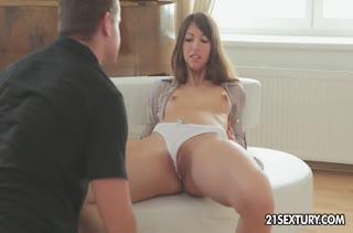 Романтическим трахом довел подружку до оргазма 2128