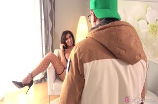 Классное порно видео с фигуристой мамашей 2432