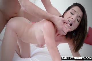 Классное порно видео с фигуристой мамашей 3139