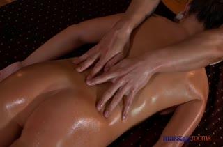 Попробовали классный секс массаж и это было круто 2060