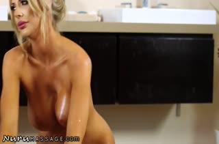 Порно видео на мобильный телефон в массажном кабинете 2784