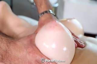 Порно массаж с аппетитными телочками 500 скачать