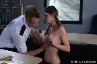 Секс с красивой студенточкой  смотреть 2965