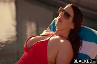 Девочкам нравятся большие черные пенисы 2517