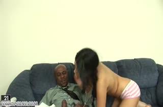 Девочкам нравятся большие черные пенисы 994