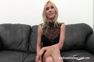Девушка решила попробовать себя в порнушке 763